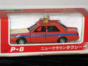 Diapet 1988 Toyota Crown Taxi Cab Yonezawa 1/40 # P 8