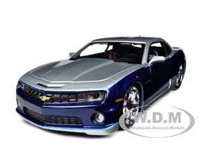 2010 CHEVROLET CAMARO SS RS BLUE/SILVER CUSTOM 124 MODEL CAR BY