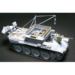 SdKfz 179 Bergepanther Recovery Vehicle (Plastic Models) Toys & Games