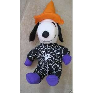 Peanuts Snoopy 6 Halloween Witch Doll w Spider Costume Toys & Games