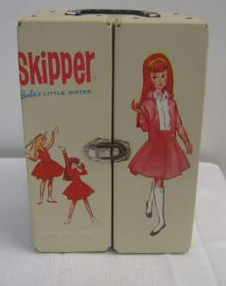 Vintage Barbies Little Sister Skipper Doll W/ Carying Case