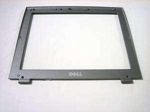 Dell Latitude D400 12.1 LCD Front Bezel+Lock 03U475