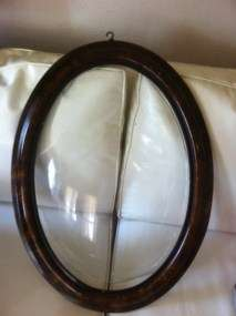 Vintage Antique Wood Wooden Oval Picture Frame With Convex Bubble