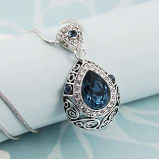 Blue Vintage Style Crystal Teardrop Diamond Necklace Pendant