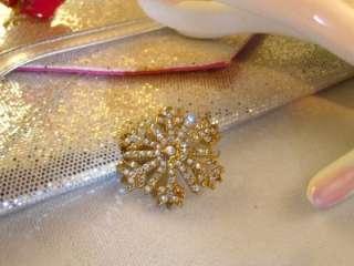 Pin Brooch   Goldtone Snowflake Design w Aurora Borealis Rhinestones