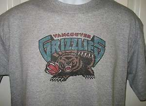 Vancouver GRIZZLIES 90s Throwback Logo T Shirt X Large