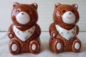 Vintage Ceramic SALT & PEPPER SHAKERS SET Brown Sponge Teddy Bears 3