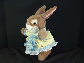 VINTAGE COMMONWEALTH MRS MOTHER PETER RABBIT PLUSH TOY