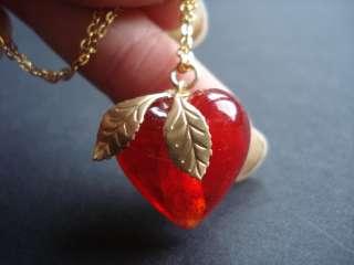 Large Red VINTAGE Glass Heart/Gold Leaf Charm Necklace |