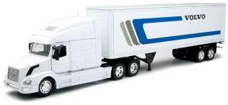Volvo VN 780 W/Dry Van Trailer SEMI TRUCK 1/32 14213B