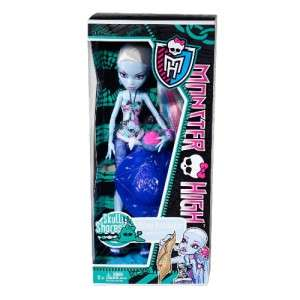 NEW Monster High Skull Shores   Abbey Bominable Doll
