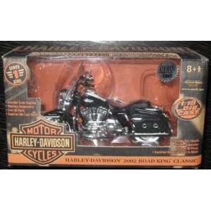 Harley Davidson 2002 Road King Classic Series 1 Toys & Games