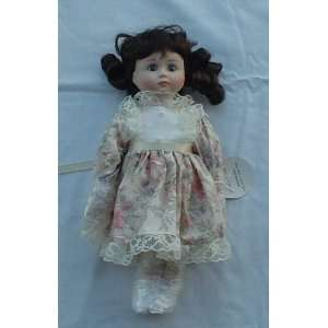 Geppeddo Porcelain 12Girl Doll Toys & Games