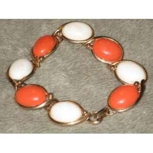 Vintage Gold Tone Metal  White & Pinkish / Orange  Plastic Stone 7
