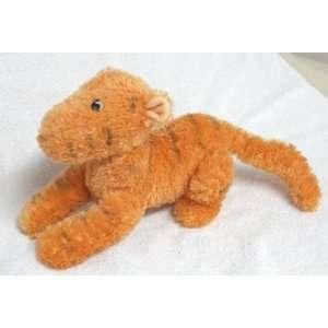 Disney Classic Winnie the Pooh Tigger Plush Doll Toys & Games