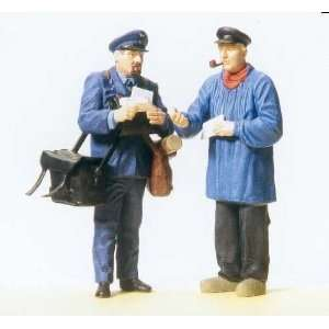POSTAL WORKERS   PREISER G SCALE MODEL TRAIN FIGURES 45093