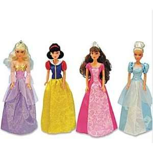 4 Princess Dolls  Sleeping Beauty, Snow White, Beauty and