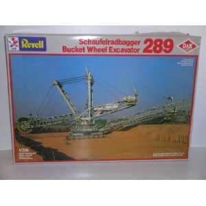 Heavy Duty Bucket Wheel Excavator  Plastic Model Kit