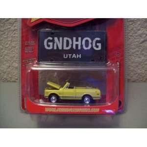 Johnny Lightning Working Class R7 1969 Chevy Blazer Toys