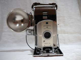VINTAGE POLAROID LAND CAMERA MODEL 95A WITH POLAROID BC FLASH UNIT